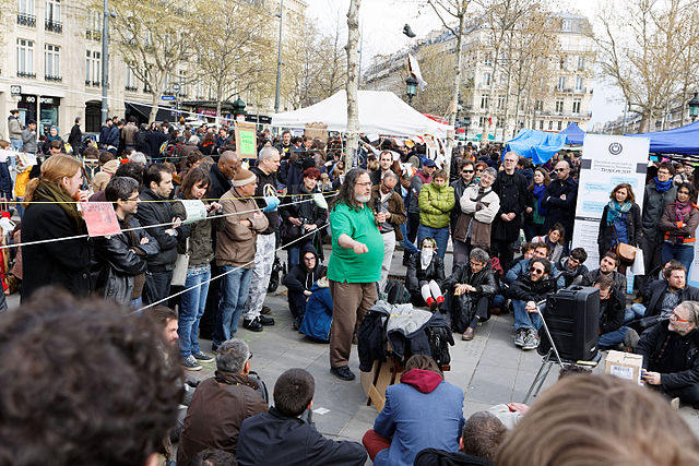 Beitragsbild - Nuit Debout - Bürgerbewegung - Neue Debatte - 08072016 - Pierre-Yves Beaudouin - CC-BY-SA-4.0 - Wikimedia Commons
