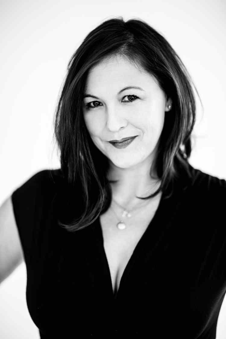 Kerith Lemon ist eine US-amerikanische Schriftstellerin, Regisseurin und Filmemacherin.