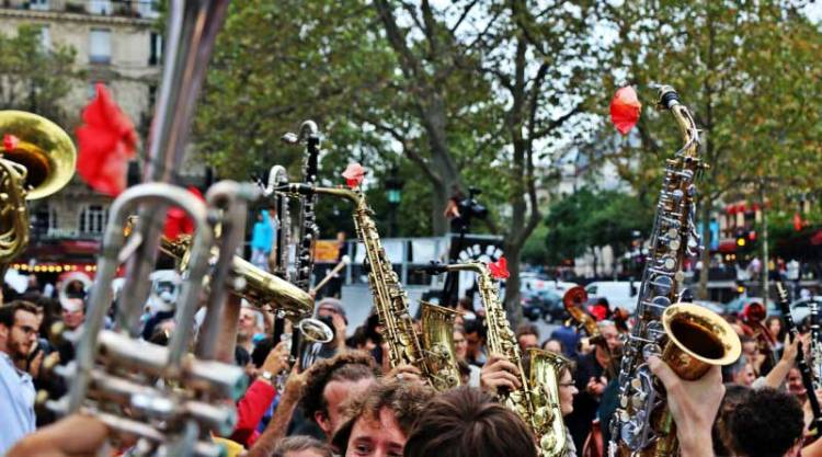 Orchestre Debout