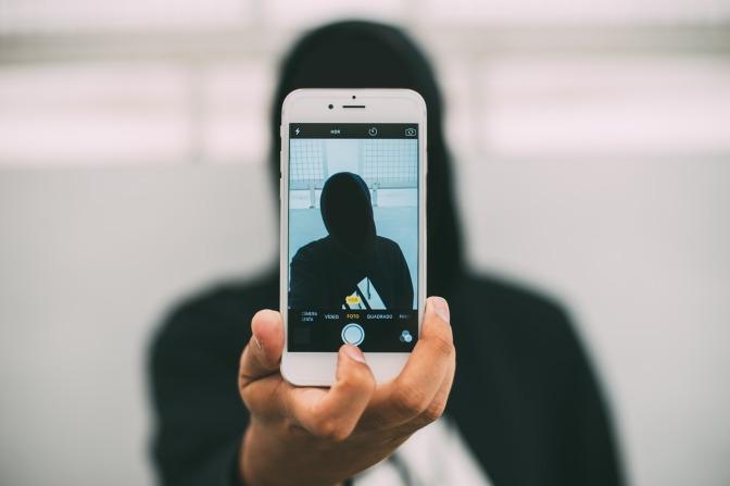 Isoliert im Netz: Soziale Medien machen einsam