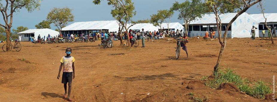 Bidi Bidi Flüchtlingslager Uganda Zelte Foto Robert Manoutschehri