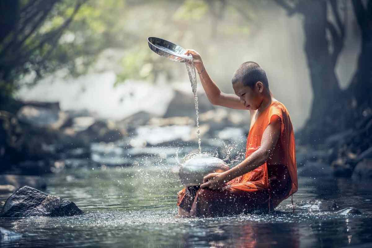 Buddist - Sasin Tipchai -pixabay.com - Creative Commons CC0
