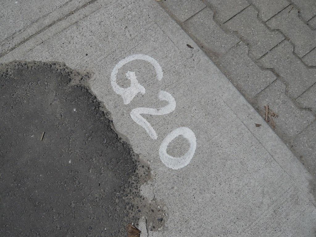 G20 - Bürgersteig - Michael Bridgen - Flickr.com - CC BY-SA 2.0