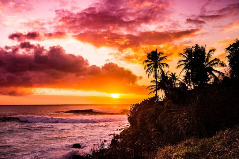 Sunset Waimea Bay Oahu Hawaii (Anthony Quintano/flickr.com; Lizenz: CC BY 2.0)
