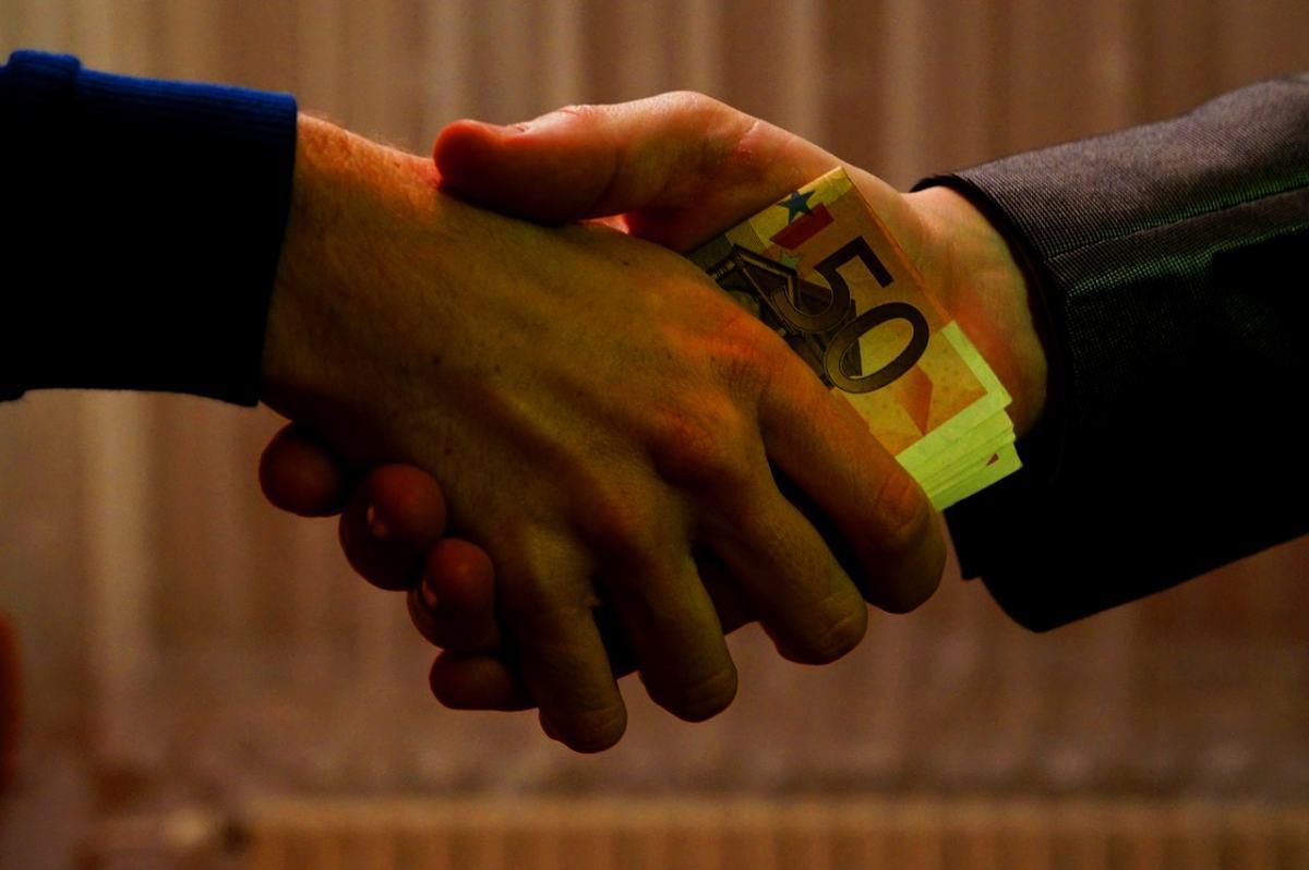 Uwe Dolata im Interview: Strukturelle Korruption überzieht Deutschland