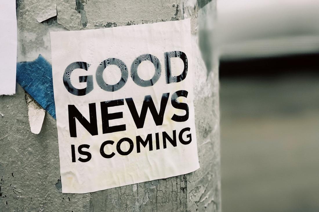 Good News Is Coming von Jon Tyson (Unsplash.com) fotografiert.