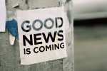 Good News Is Coming von Jon Tyson (Unsplash.com) fotografiert.