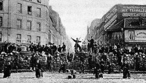 Barrikade zur Zeit der Pariser Kommune, 18. März 1871 (Foto: gemeinfrei)