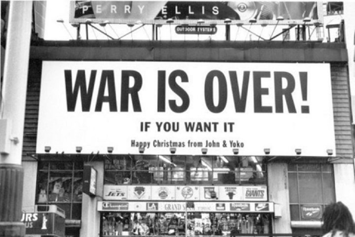 War is over -If you want it! (Foto: Pressenza)