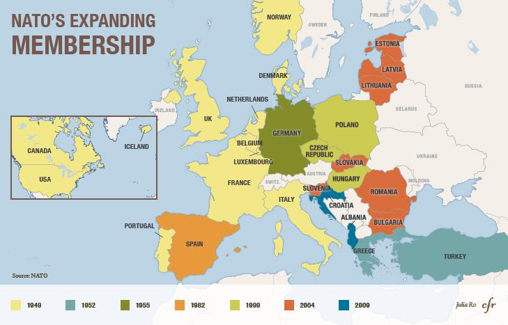 Die Ost-Erweiterung der NATO. (Grafik: Julia Ro, cfr.org/swprs.org)