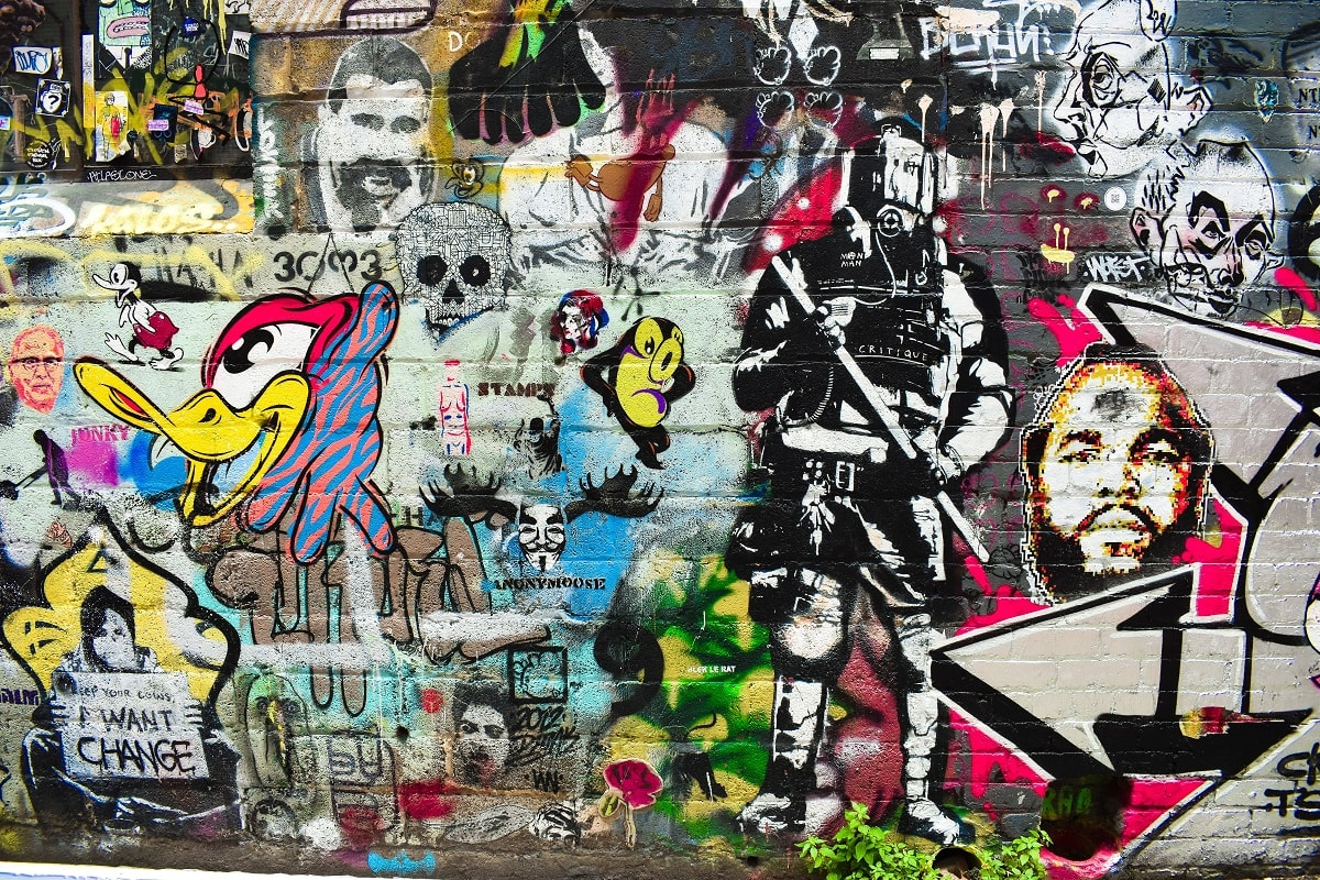 Wall of paint in Melbourne. (Foto: Jase Ess, Unsplash.com)