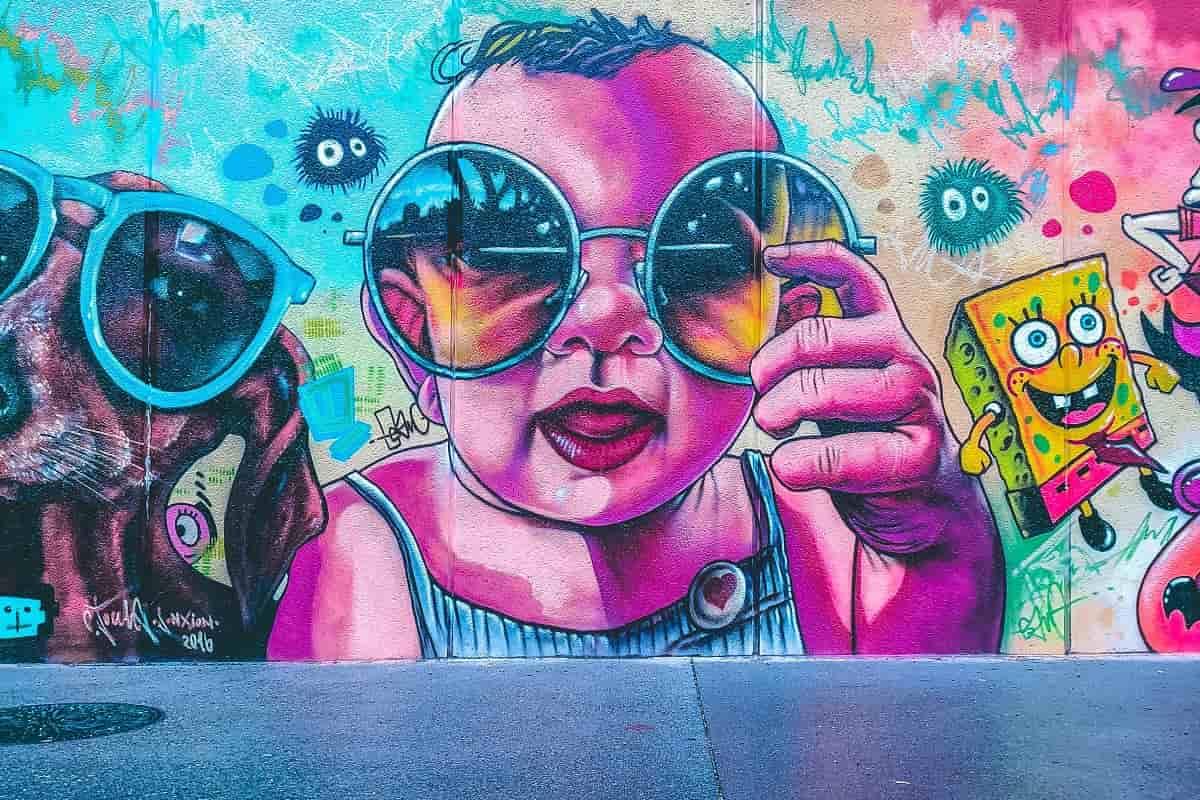 Wallart mit Sonnenbrille. (Foto: Nicola Ricca, Unsplash.com)